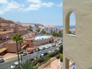 Castle Harbour 2 bed apartment for sale