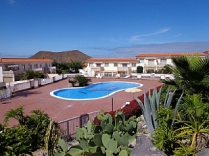 2 Bed Apartment for sale La Finca Chayofa